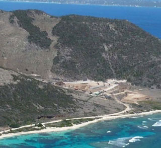 La plage de Grandes Cayes, très étroite avant Irma - Grandes Cayes beach, very narrow before Irma