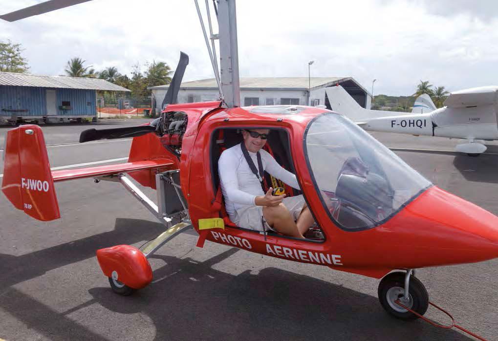 Romain Renoux à bord de l'autogyre | Romain Renoux inside the gyroplane